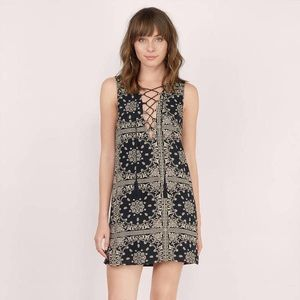 Tobi Great Plains Lace Up Dress
